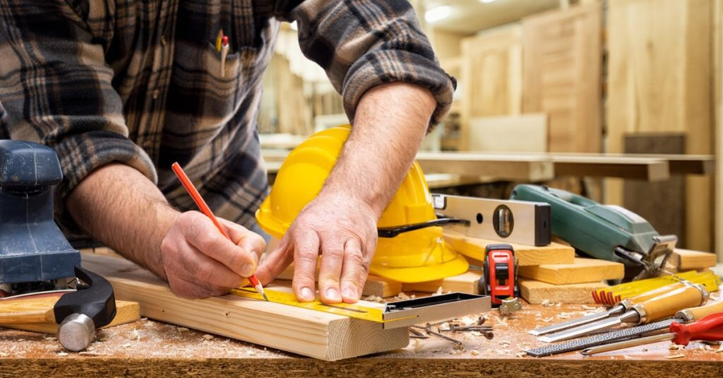 A Detailed Guide On How To Square Lumber With A Table Saw 1