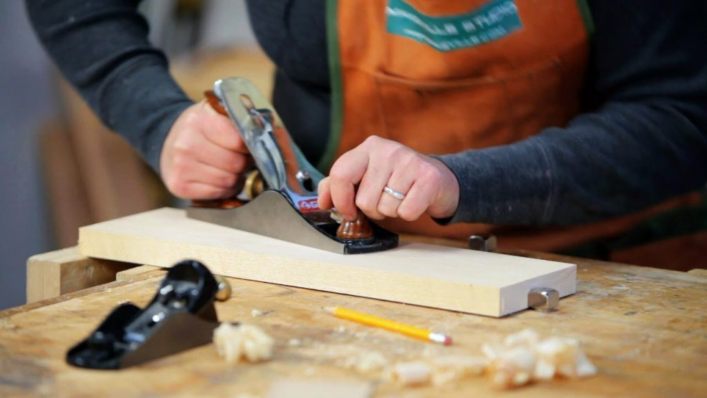 A Detailed Guide On How To Square Lumber With A Table Saw 3